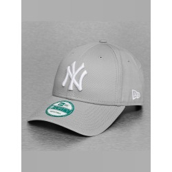 New Era Männer Frauen Snapback Cap League Basic NY Yankees 9Forty in grau